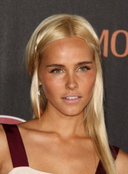 Изабель Лукас, фото 560. Isabel Lucas 'Immortals 3D' Los Angeles premiere at Nokia Theatre L.A. Live on November 7, 2011 in Los Angeles, California, foto 560