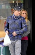 Бритни Спирс, фото 15576. Britney Spears - shopping in New York Dec.30,2011, foto 15576