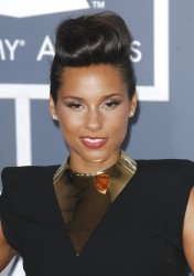 Алиша Киз (Алисия Кис), фото 3095. Alicia Keys 54th annual Grammy Awards - 12/02/2012 - Red Carpet, foto 3095