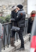 Vanessa Hudgens kisses Austin Butler at Paris 15.2.2012 - x48 HQ