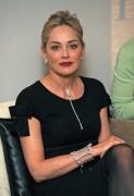 Шэрон Стоун, фото 1628. Sharon StoneDamiani Event in Milano, 16.02.2012, foto 1628