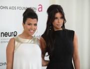 Ким Кардашиан, фото 7965. Kim Kardashian Elton John AIDS Foundation Academy Awards Party - 02/26/12*with sister Kourtney, foto 7965,
