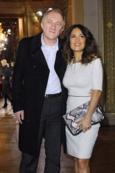 Сэльма Хаек, фото 3482. Salma Hayek - Stella McCartney fashion house presentation in Paris, march 5, foto 3482