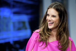 Алессандра Амброзио, фото 8209. Alessandra Ambrosio On 'El Hormiguero' TV Show in Madrid, 05.03.2012, foto 8209