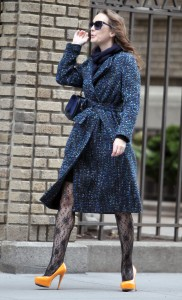 Лейгтон Мистер, фото 6857. Leighton Meester On the Set of 'Gossip Girl' in Manhattan - 05.03.2012, foto 6857