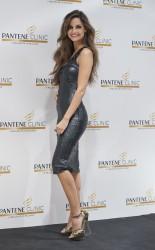 Арианднэ Атилес, фото 458. Ariadne Artiles the Opening of Pantene Clinic in Madrid, 07.03.2012, foto 458