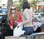 Линдси Лохан, фото 23124. Lindsay Lohan - out and about in Beverly Hills 03/08/12, foto 23124
