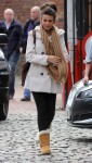 Мишель Киган, фото 173. Michelle Keegan Corrie Filming In Manchester 8th March 2012 HQx 22, foto 173