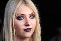 569c27179710131 Taylor Momsen   Launch Party for Abbey Dawn By Avril Lavigne (March 13) x39