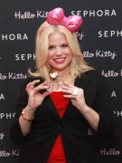 Megan Hilty - Sephora Soho Store Re-Opening in New York 05/04/12