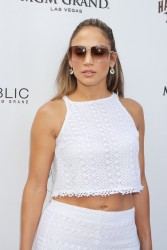 *HQ ADDS* Jennifer Lopez - Wet Republic at the MGM Grand Hotel and Casino in Las Vegas on August 18, 2012