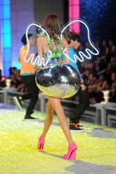 http://thumbnails63.imagebam.com/15847/195146158465194.jpg